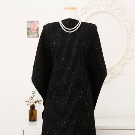 显著 - 羊毛混纺织物)的冬日(黑)