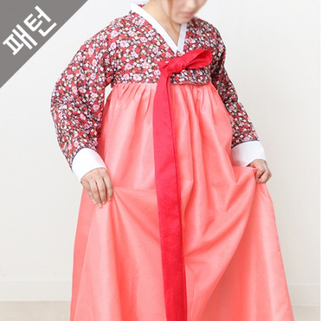 图案 - 女性)服饰[P458]