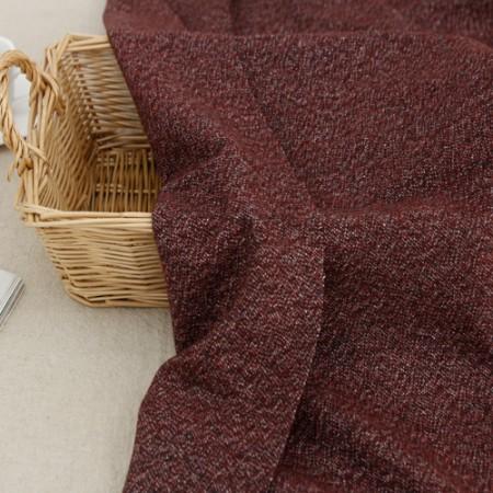 显著 - 羊毛混纺织物)黑葡萄酒