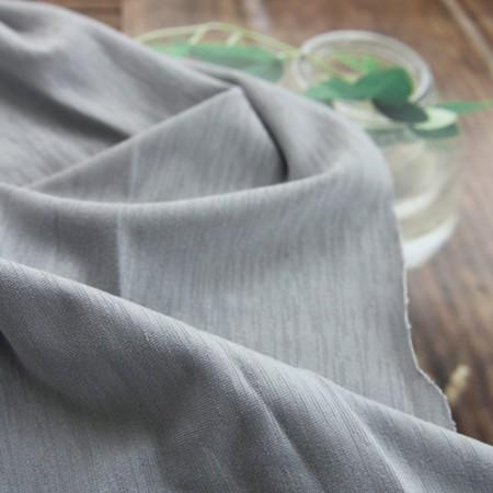 显著纺球衣)和悬垂弹性的氨纶汗布(灰色)