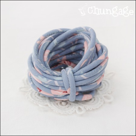 织物串字符串管道翻转乳白色百合(3麻)