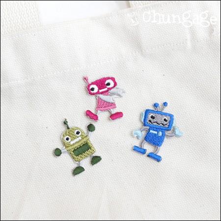 粘性腰扇迷你机器人刺绣贴片晶片(3种类型)[086]
