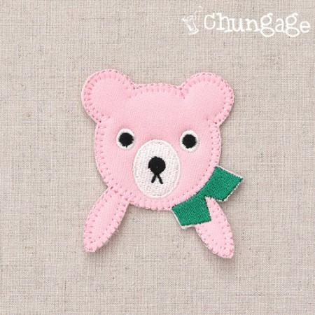 毛绒和风扇绿色围巾粉红色熊经纱