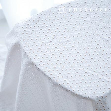 棉蕾丝刺绣面料穿孔三叶草包眼